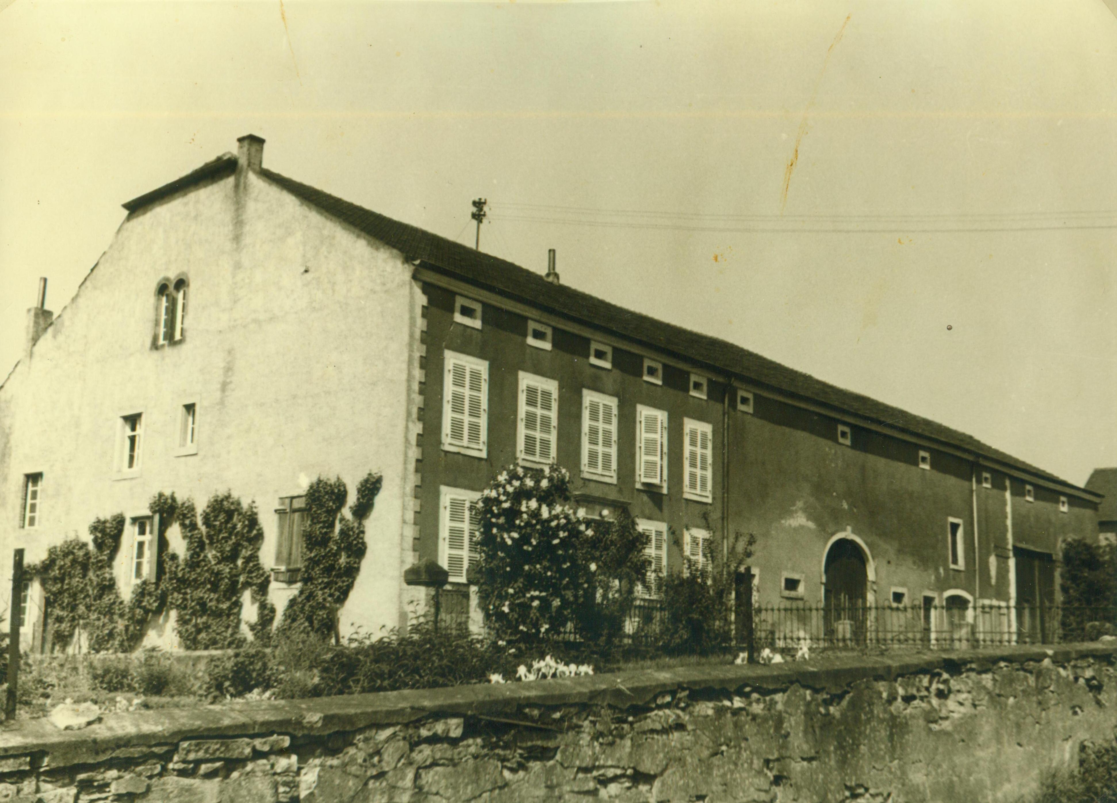 Hofgebäude um 1950